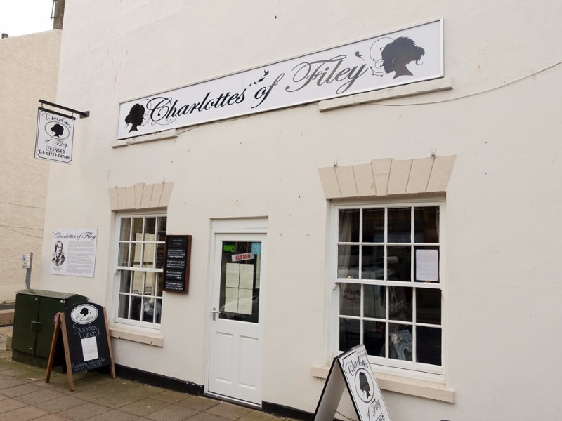 960-charlottes-of-filey