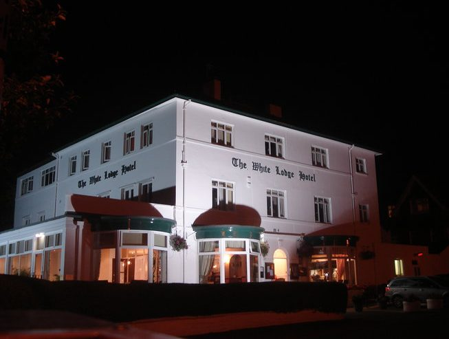 White Lodge Hotel Filey at night