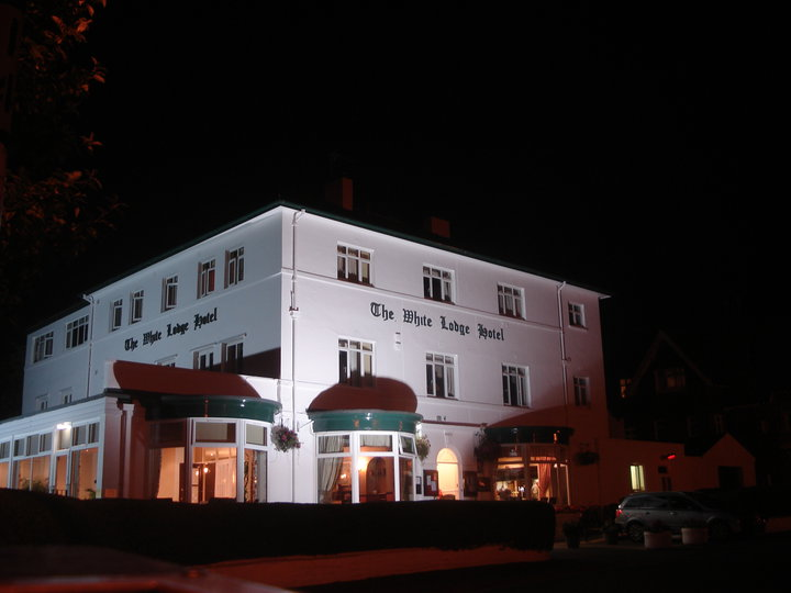 White Lodge Hotel, Filey, at night