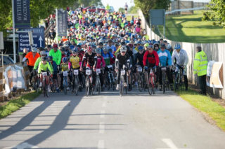 Great Yorkshire Bike Ride departing Wetherby Racecourse